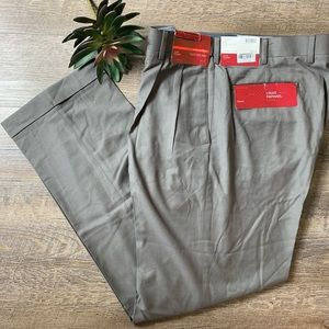 LOUIS RAPHAEL ROSSO Taupe Luxury Twill Dress Pant.